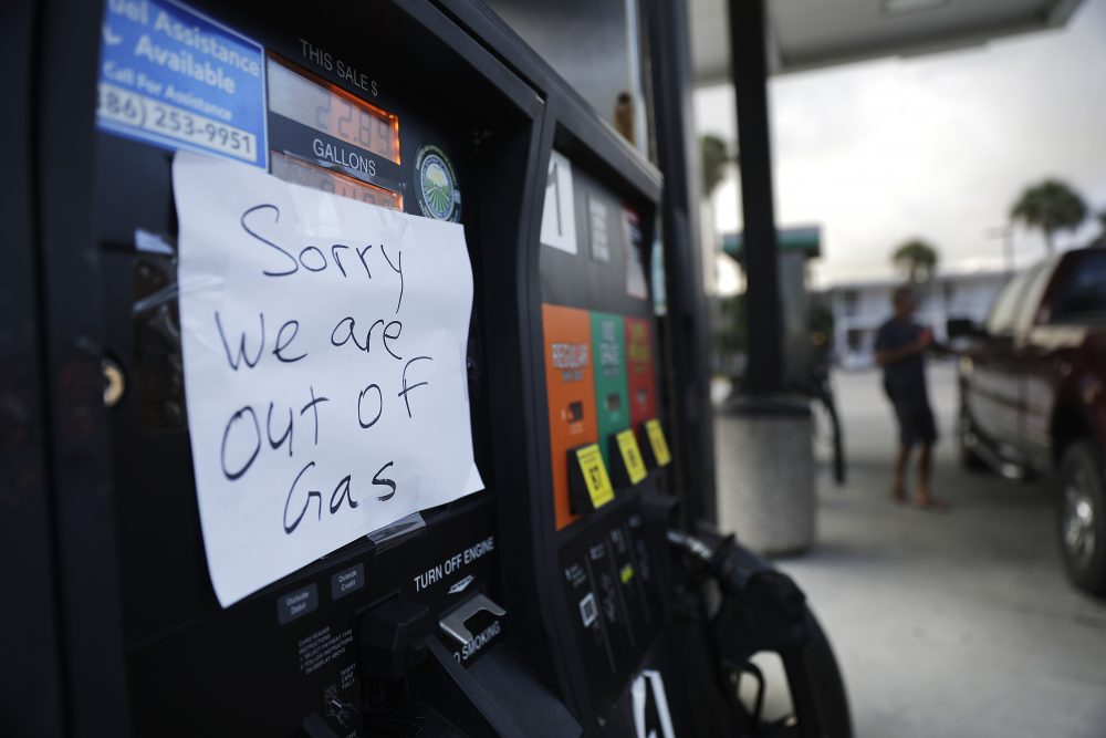 A note is posted to a gas pump after the station ran out of gas ahead of Hurricane Irma in Daytona Beach, Fla. on Sept. 8. (David Goldman/AP)