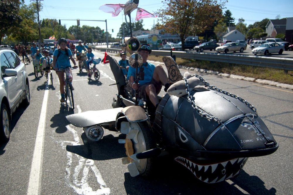 "Jay Hungate's shark-shaped ""Iconic Flying Fish"" heads along Route 113. (Greg Cook/WBUR)"