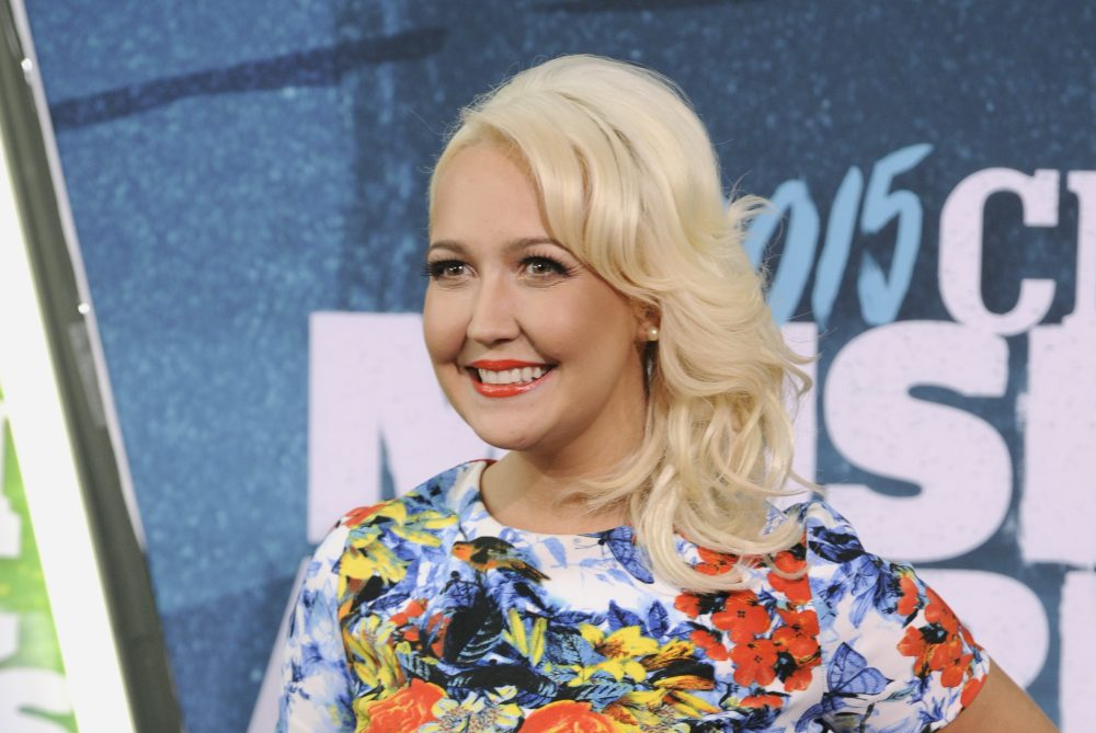 Meghan Linsey arrives at the CMT Music Awards at Bridgestone Arena on Wednesday, June 10, 2015, in Nashville, Tenn. (Sanford Myers/Invision/AP)