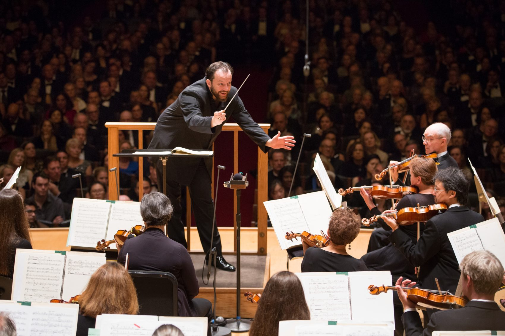 "Andris Nelsons conducts the Boston Symphony Orchestra in ""Symphonic Dances from 'West Side Story' "" in its first concert of the 2017-'18 season. (Courtesy of Michael Blanchard)"