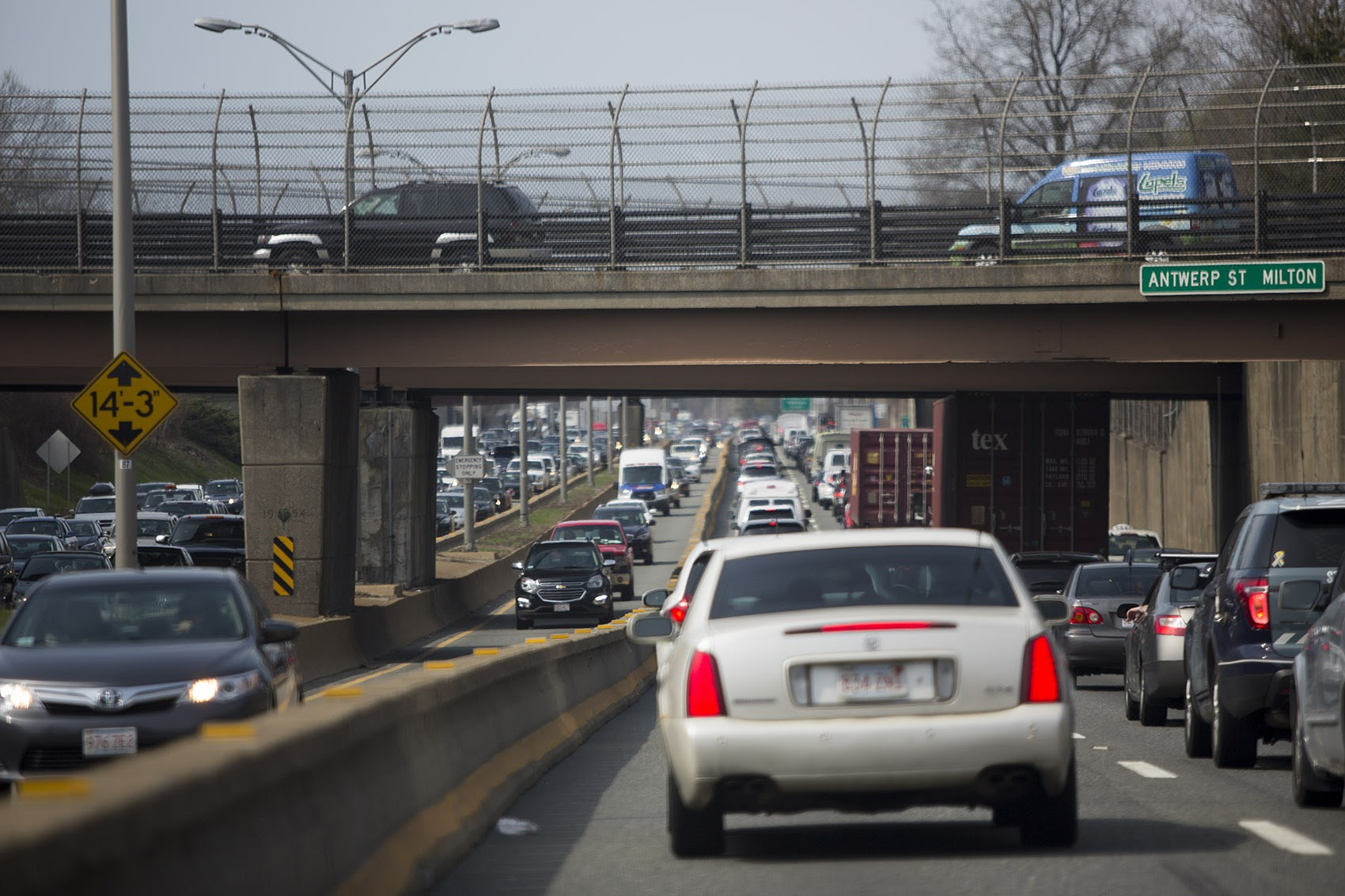 Gridlock on the Southeast Expressway in Milton. (Jesse Costa/WBUR)