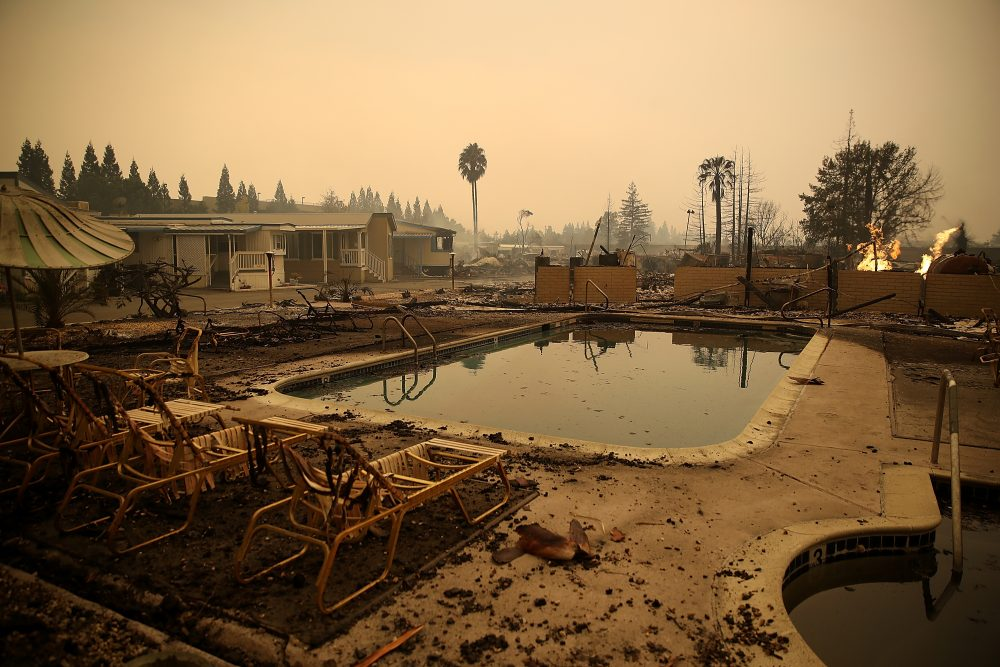 Burned pool chairs sit next to the swimming pool at the Journey's End Mobile Home Park on Oct. 9, 2017, in Santa Rosa, Calif. (Justin Sullivan/Getty Images)
