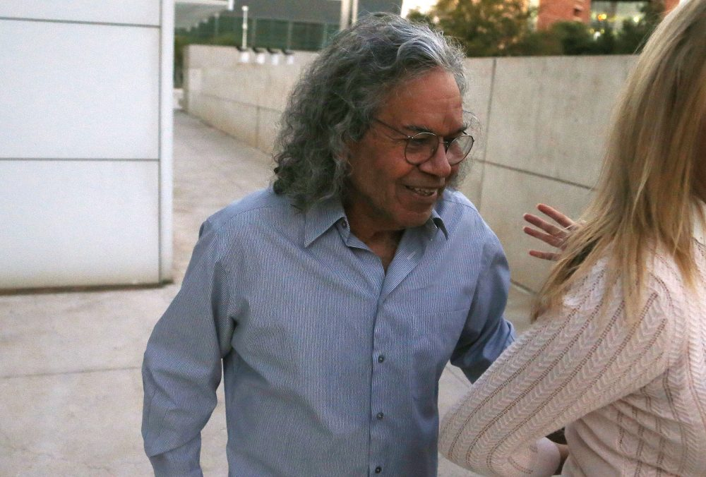 Billionaire founder of Insys Therapeutics John Kapoor leaves U.S. District Court after being arrested in Phoenix. (Ross D. Franklin/AP)