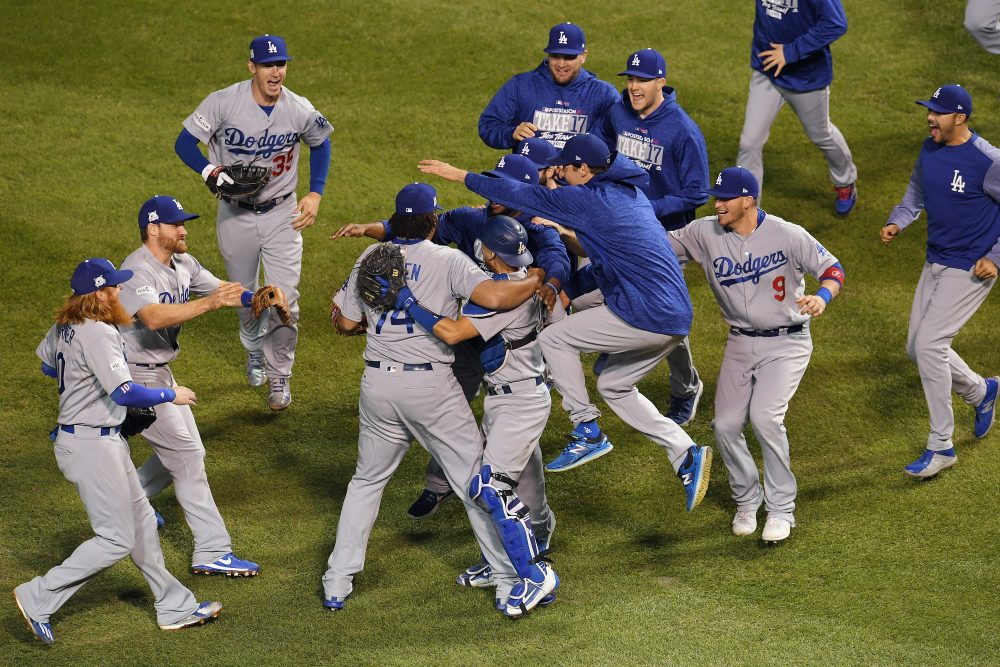 The Los Angeles Dodgers celebrate defeating the Chicago Cubs Game 5 of the National League Championship Series.  (Dylan Buell/Getty Images)