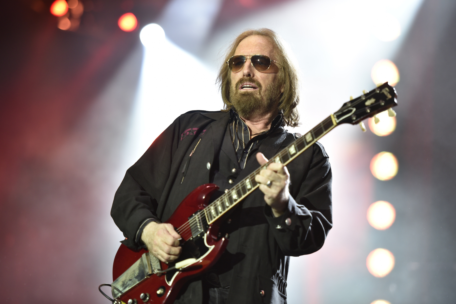 Tom Petty and the Heartbreakers perform on the 40th Anniversary Tour at Chicago's Wrigley Fieldi in 2017, in Chicago. ( Rob Grabowski/Invision/AP)