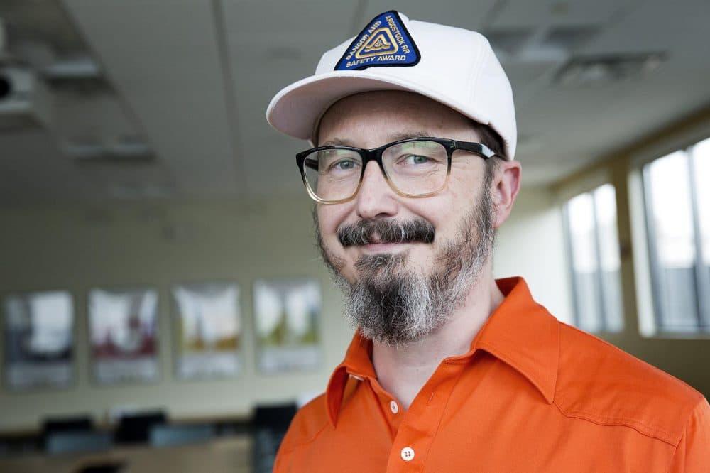 John Hodgman at WBUR. (Robin Lubbock/WBUR)