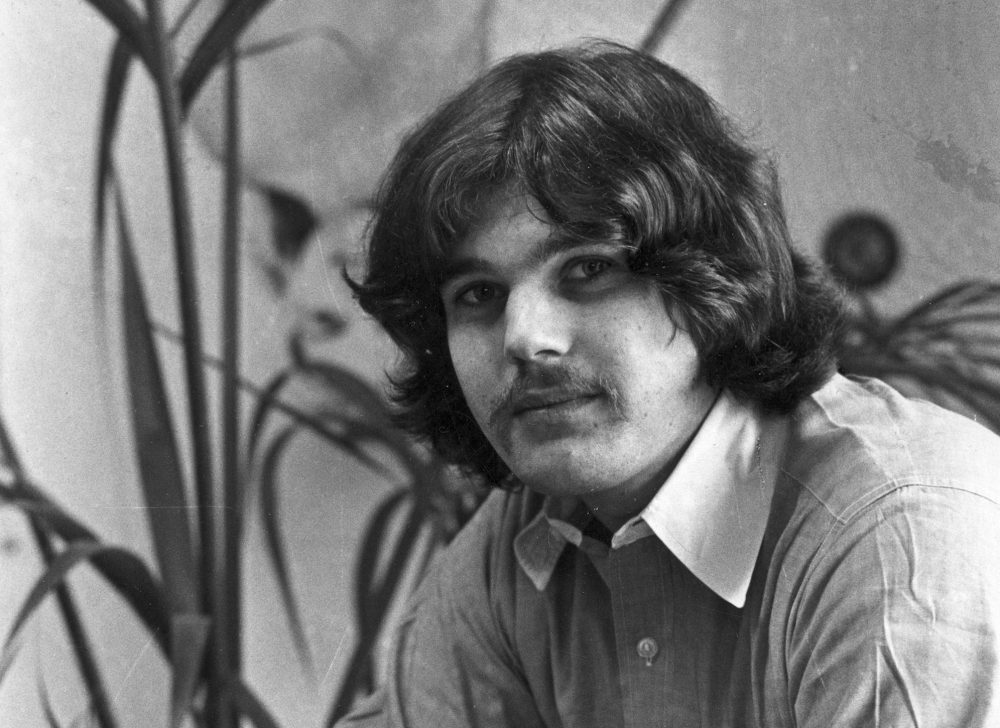 Jann Wenner, editor and founder of Rolling Stone, in his office on July 14, 1970. (AP)