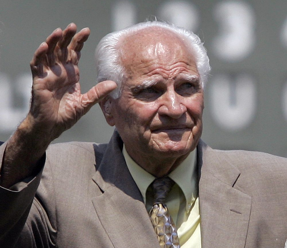 """Bobby Doerr, named the """"silent capitan"""" of the Red Sox, has passed away at age 99. (Elise Amendola/AP Photo)"""