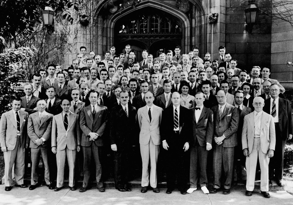 A reunion of atomic scientists in 1952 on the 10th anniversary of the first controlled nuclear fission chain reaction, Dec. 2, 1942, at the University of Chicago. (Courtesy University of Chicago Photographic Archive)