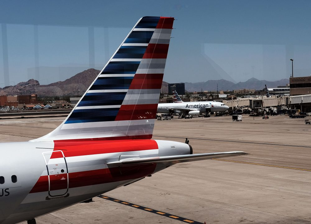 The tail of an American Airlines aircraft sits on a runway on May 24, 2016. (Spencer Platt/Getty Images)