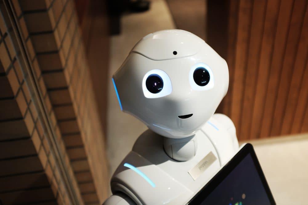 A robot. (Alex Knight/Unsplash)