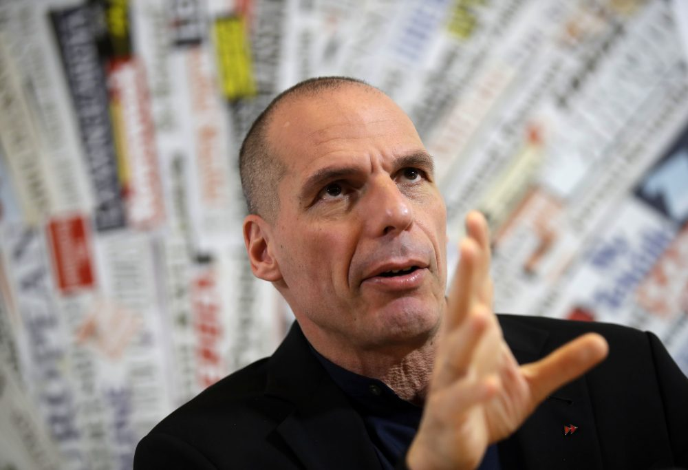 Former Greek Finance Minister Yanis Varoufakis meets the media at the Foreign Press Association in Rome, Friday, March 24, 2017. (Alessandra Tarantino/AP)