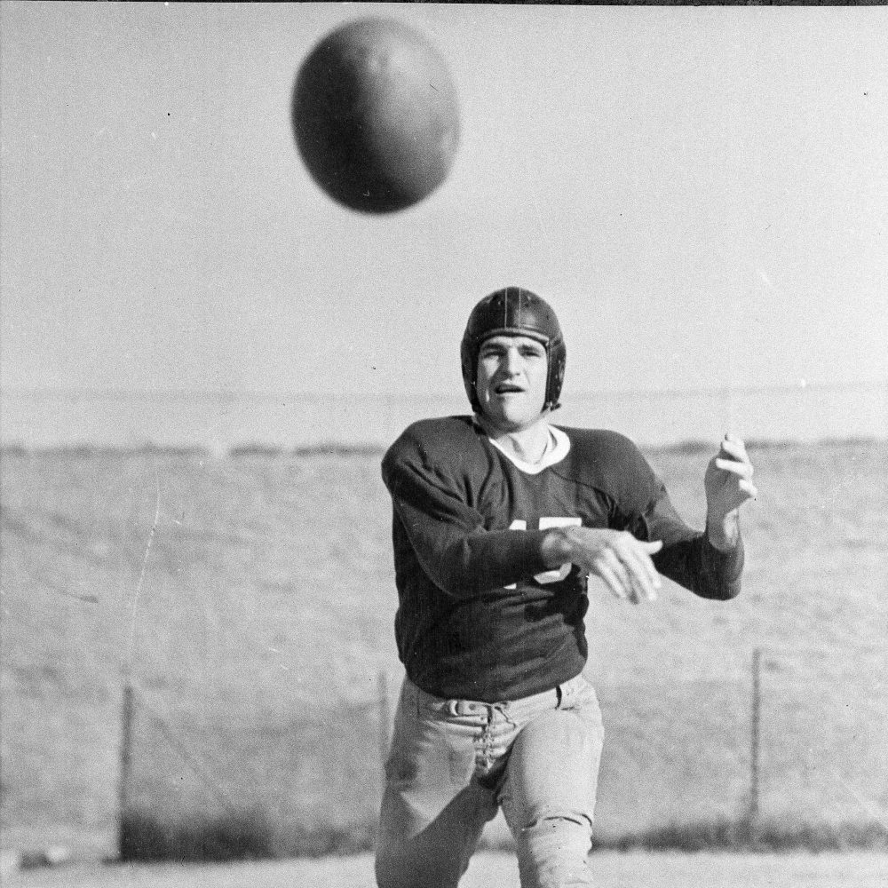 """""""Slingin' Sammy"""" Baugh, pictured here on Nov. 18, 1935, is one of the greatest to ever throw a pass in the NFL. (AP)"""