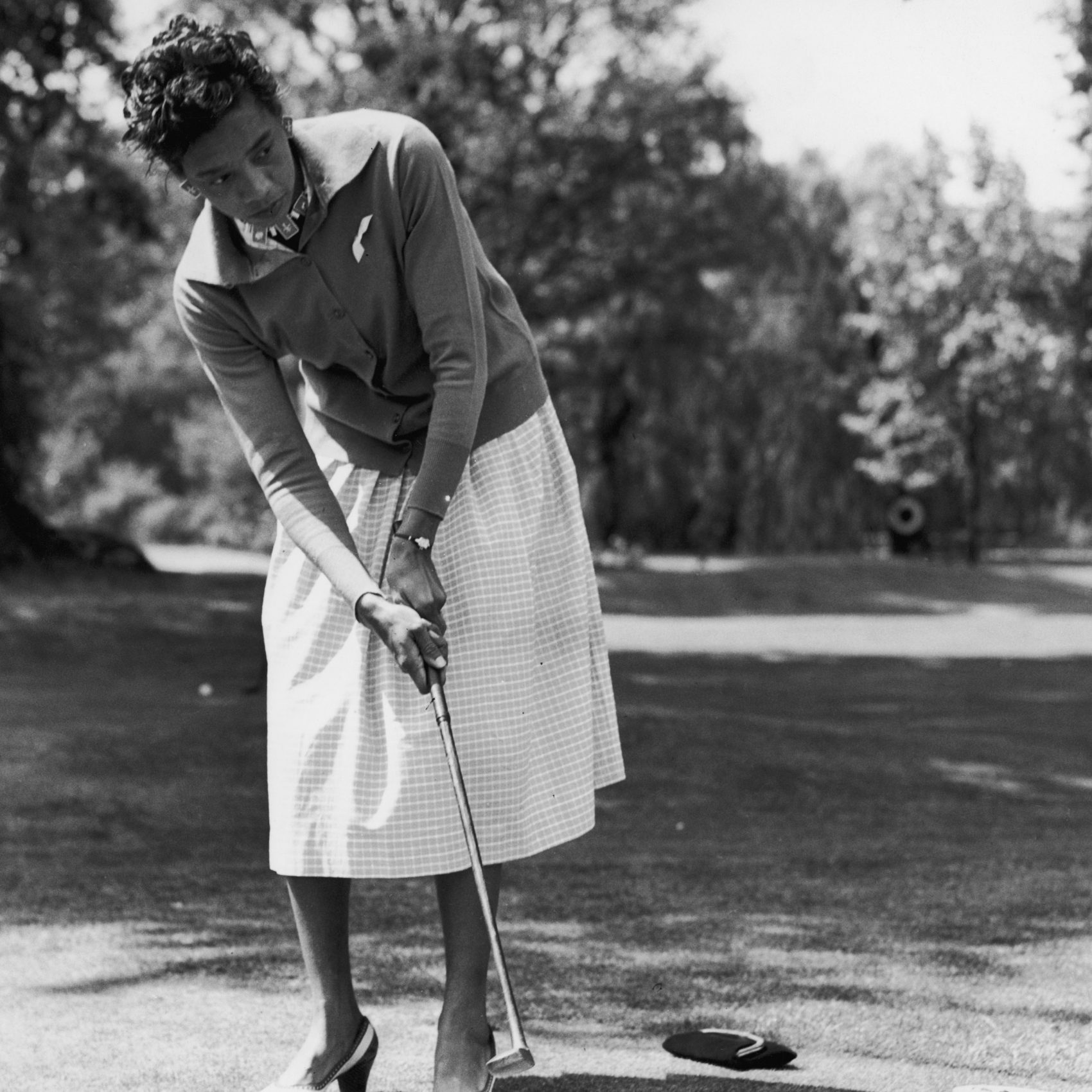 Althea Gibson was the No. 1 women's tennis player in the world. And then she left the game behind for golf. (Ron Burton/Keystone/Hulton Archive/Getty Images)