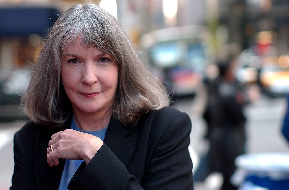 In this Oct. 15, 2002 file photo, mystery writer Sue Grafton poses for a portrait in New York. (Gino Domenico/AP)