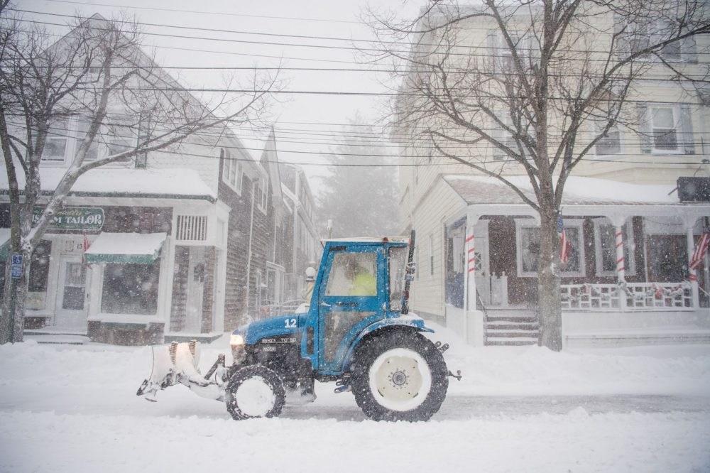 A plow clears snow as a blizzard hits the Northeastern part of the United States on Jan. 4, 2018 in Bellport, N.Y. From Maine to Florida, every state along the East Coast is expected to have to deal with winter weather. (Andrew Theodorakis/Getty Images)