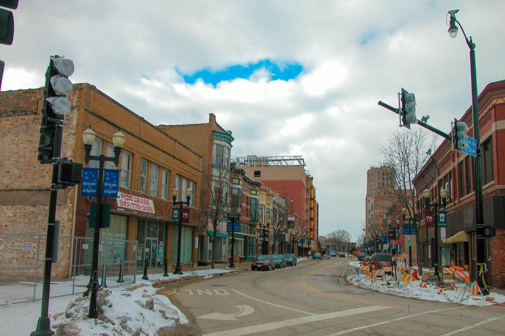 Grove Avenue in Elgin, Ill. (David Wilson/Flickr)
