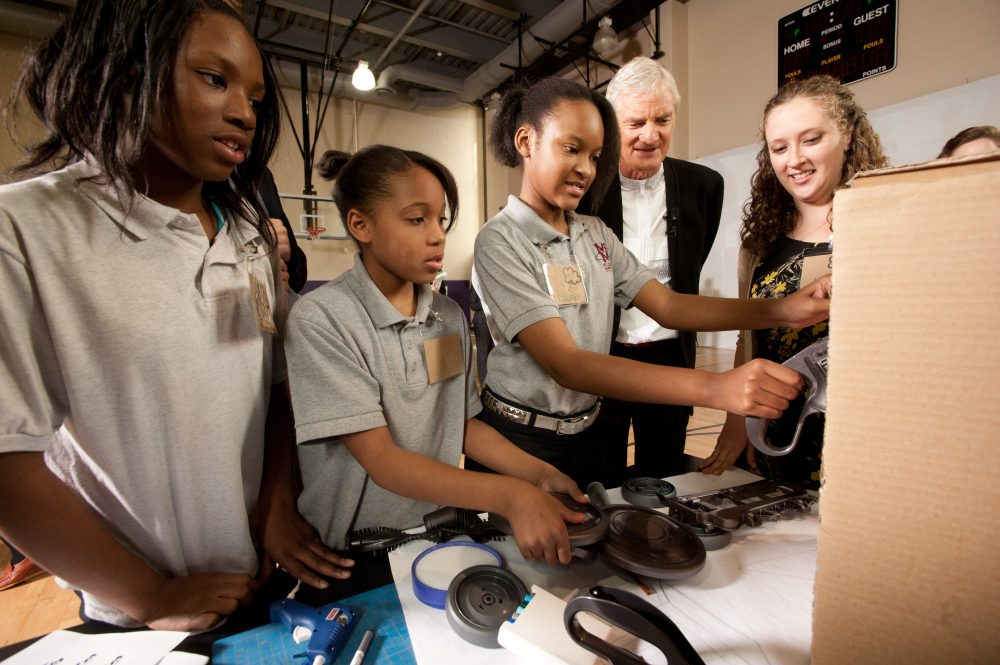 Chicago students participate in an invention workshop meant to encourage more American students to become engineers and inventors. (Peter Barreras/AP Images for Dyson)