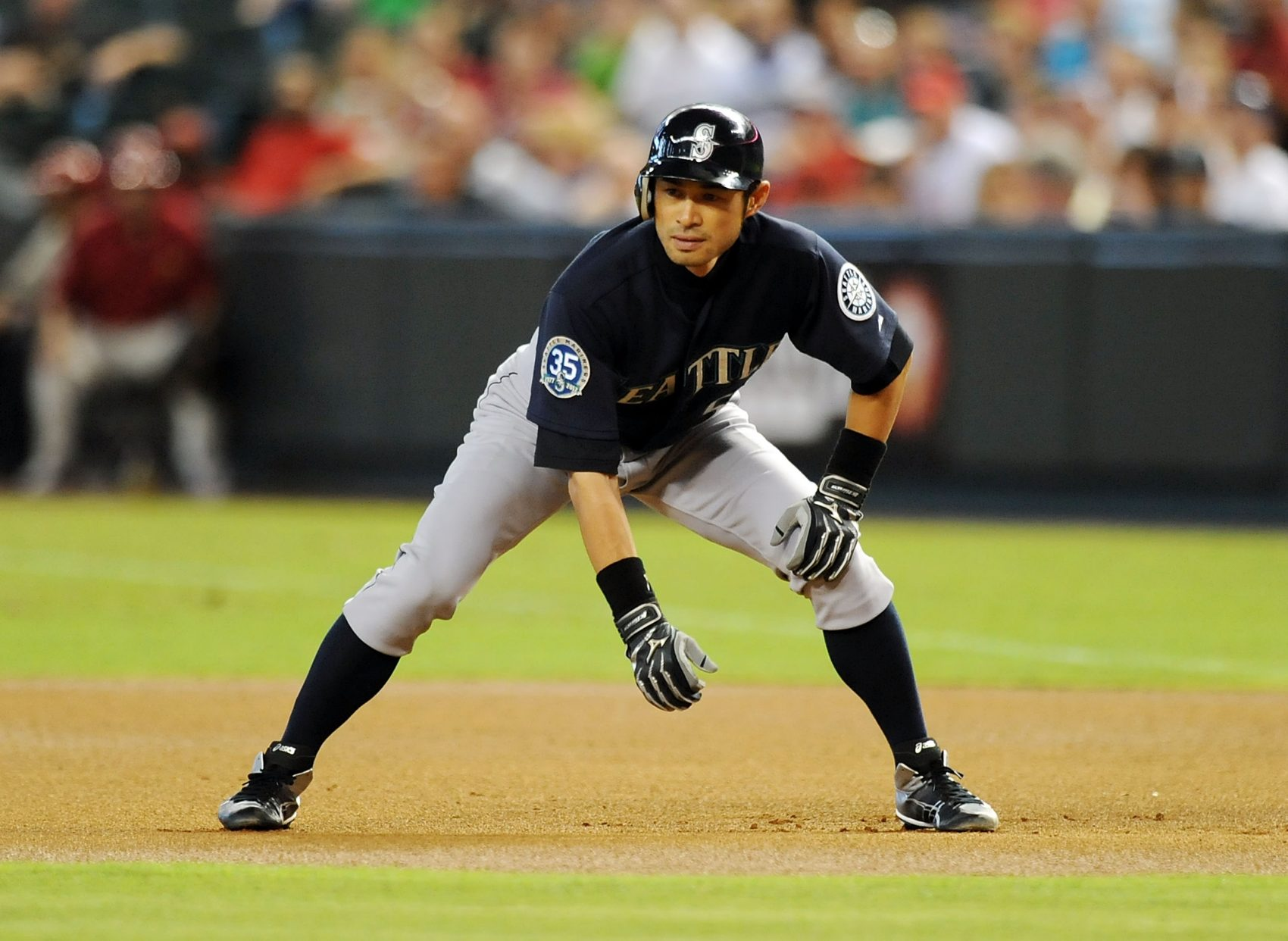 Ichiro Suzuki is back with the Mariners on a 1 year deal. (Norm Hall/Getty Images)