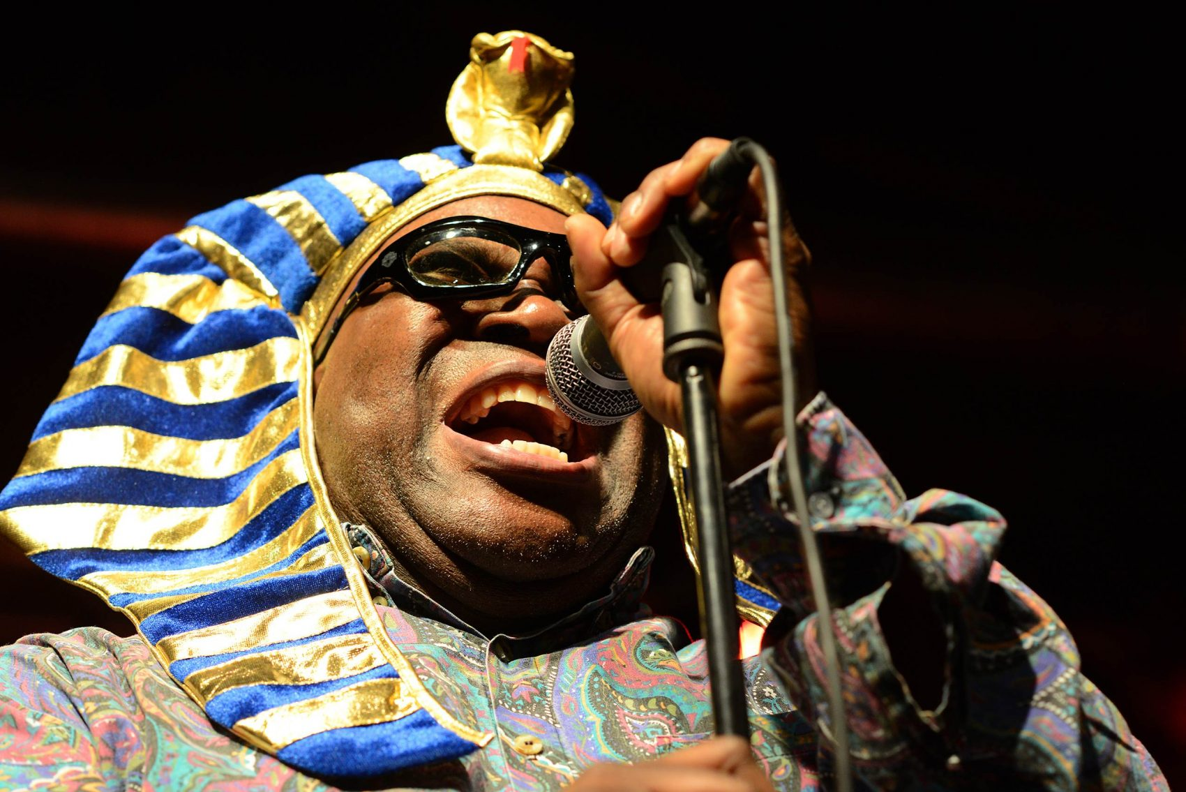 Barrence Whitfield performing. (Courtesy J.A. Areta Goñi)