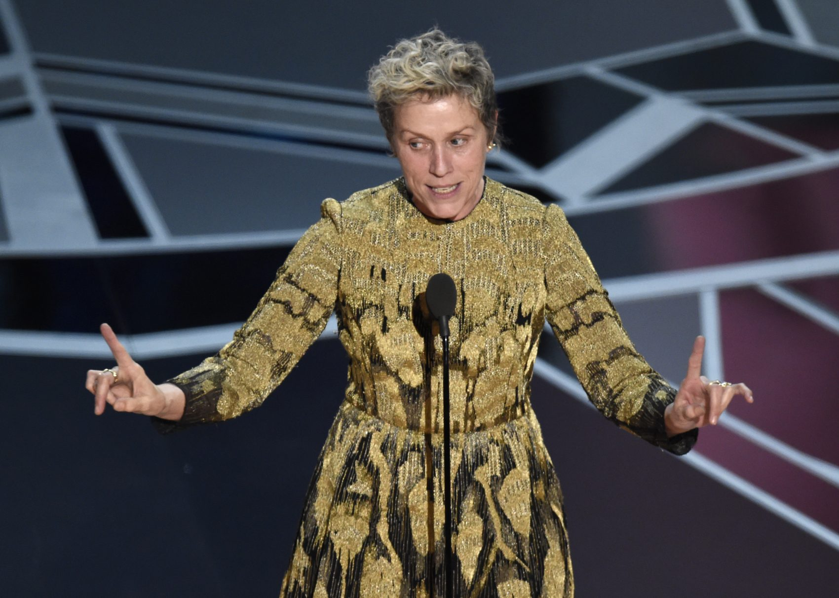 Frances McDormand accepts the award for Best Actress. (Chris Pizzello/Invision/AP)