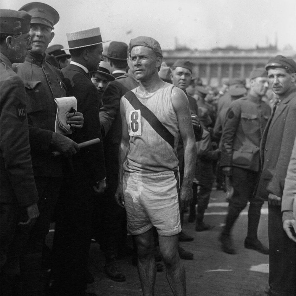 'Bricklayer' Bill Kennedy at the 1919 Chateau-Thierry relay race in Paris. (Courtesy of University of Massachusetts Press)