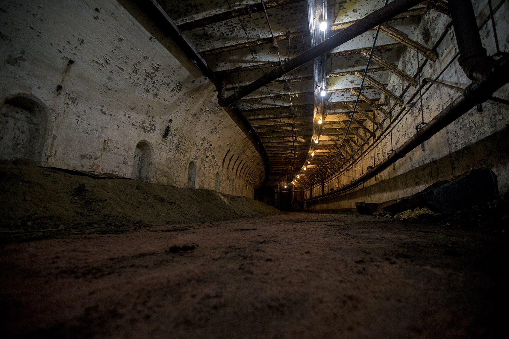 Photos There S An Abandoned Subway Tunnel Under Boston
