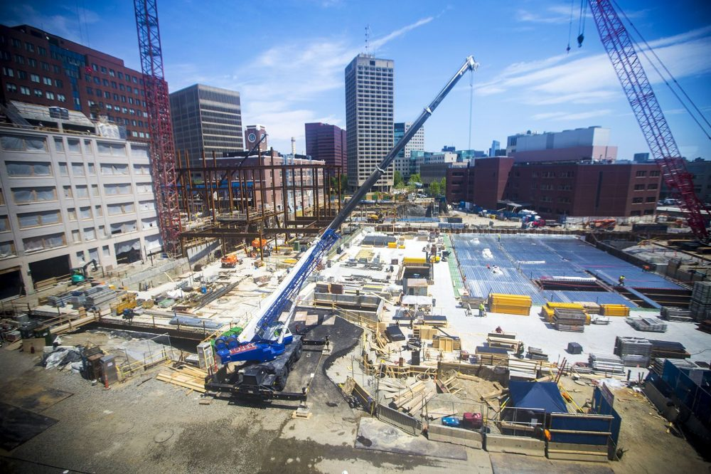 This construction site is part of the MIT Kendall Square Initiative. (Jesse Costa/WBUR)