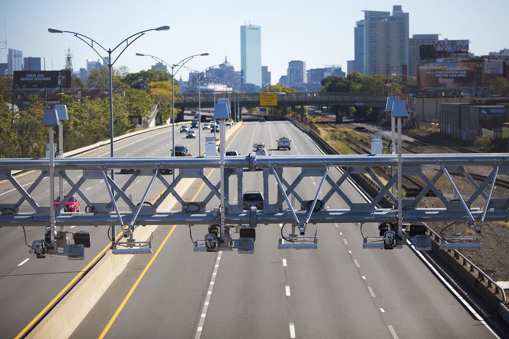 A toll gantry over the Mass. Pike (Jesse Costa/WBUR)