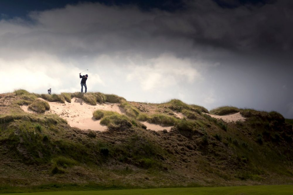 Pitching from the Highland dunes. (Kevin Kirk/Recounter Photography)