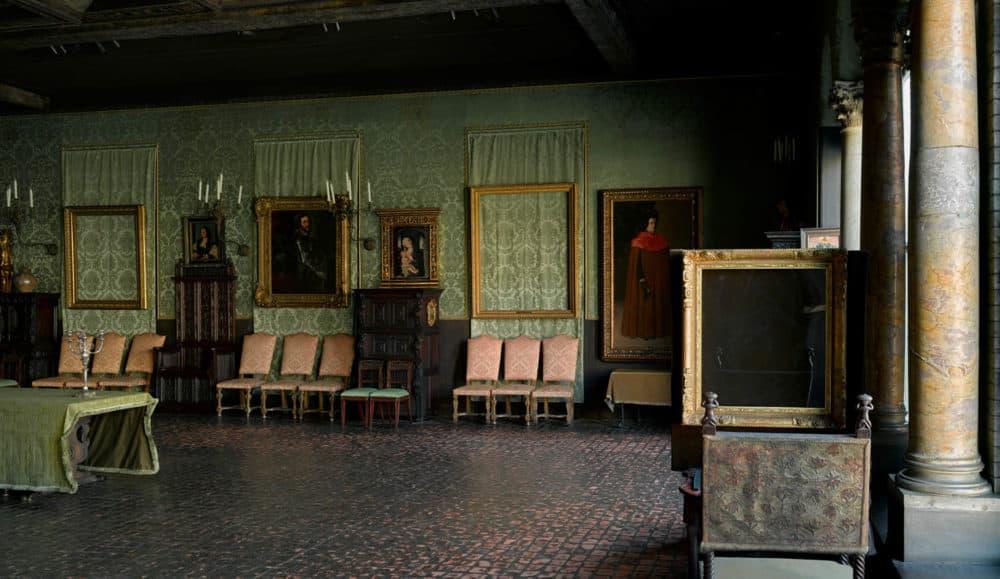 Reproductie Design Stoelen.Here Are The 13 Artworks Stolen The Night Of The Gardner Museum