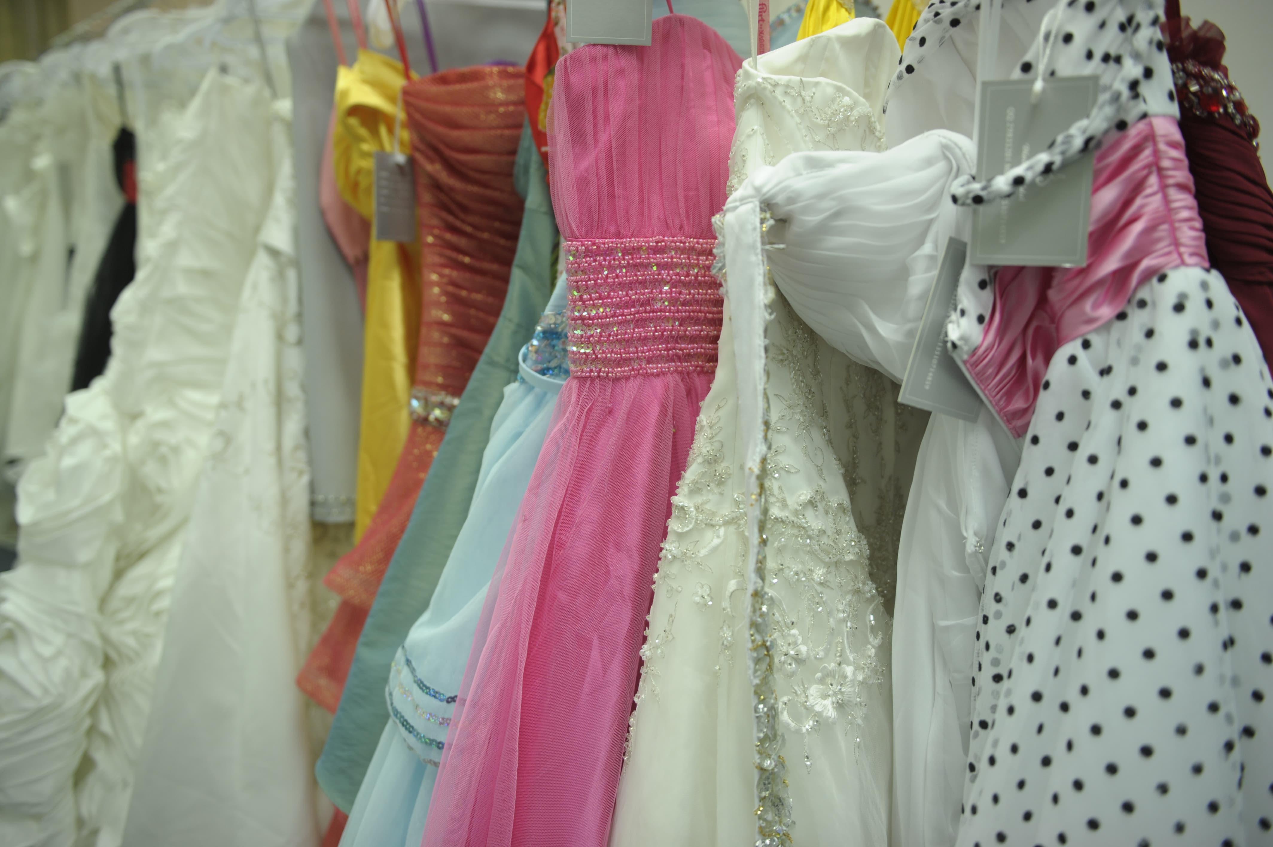 Bridal Shop Owner Says U.S.-China Tariffs Will Hurt His Business ...