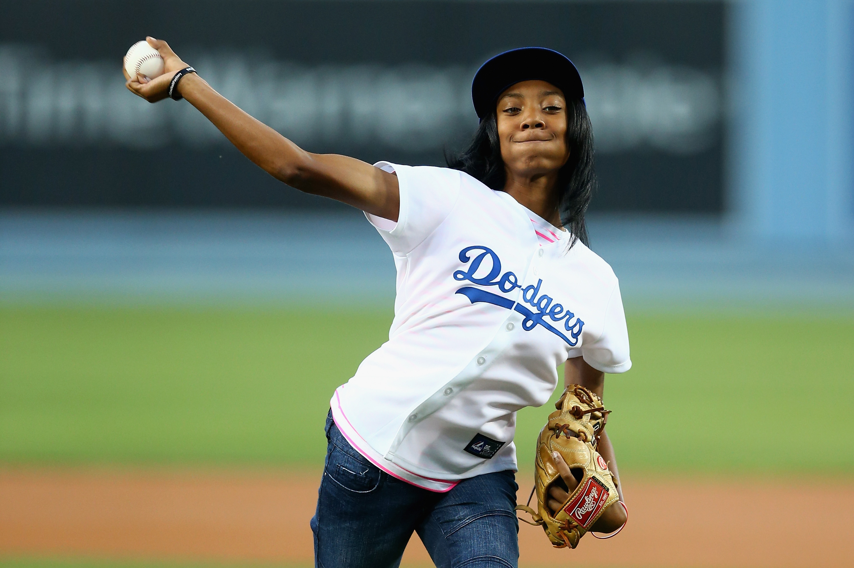 Mo'ne Davis throws out the first pitch at a Dodgers game in 2014. (Jeff Gross/Getty Images)