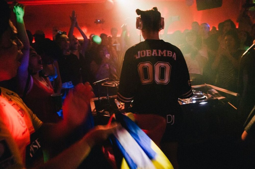 Sara Skolnick, aka DJ Riobamba, performing at Picó Picante (Courtesy Guarionex Rodriguez Jr.)