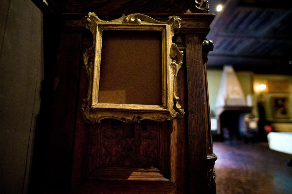 "The empty frame of Rembrandt's ""Self Portrait"" Etching in the Dutch Room at the Isabella Stewart Gardner Museum. (Jesse Costa/WBUR)"