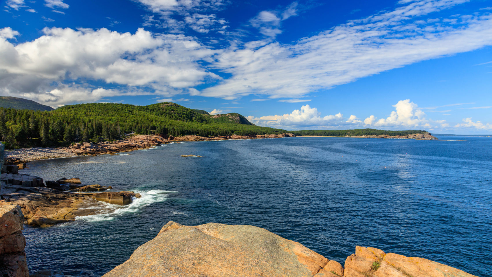 The coast of Acadia National Park as seen along the Ocean Drive section of Park Loop Road. (Kristi Rugg/NPS)