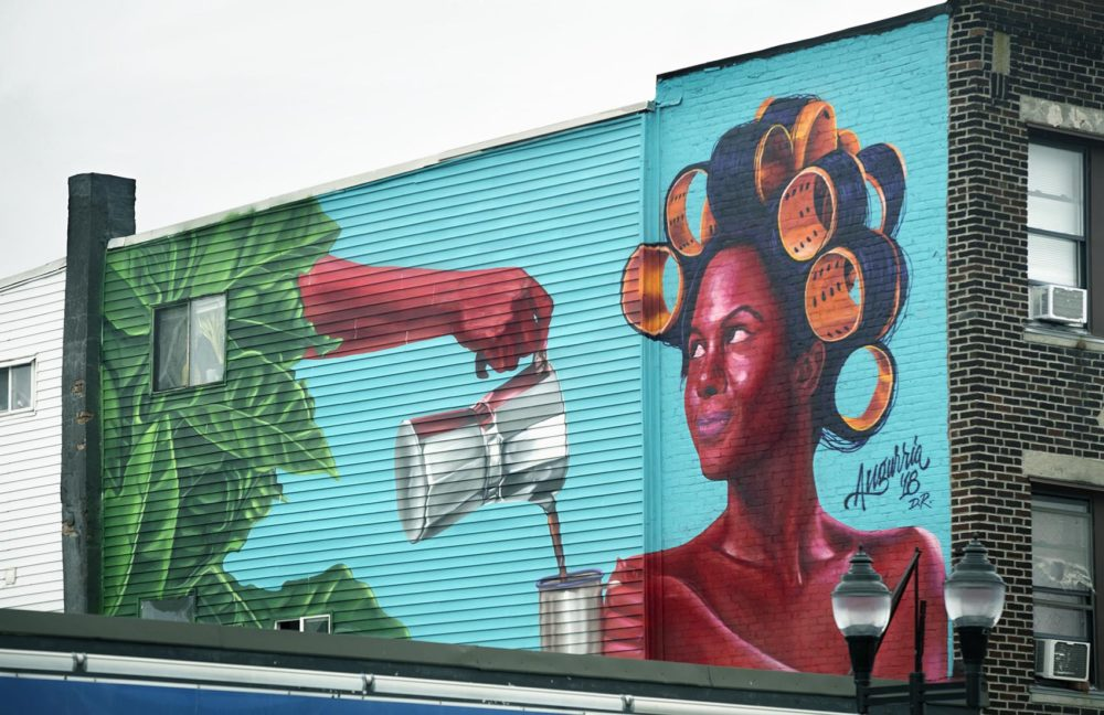 Angurria's mural at 112 Broadway in Somerville. (Robin Lubbock/WBUR)
