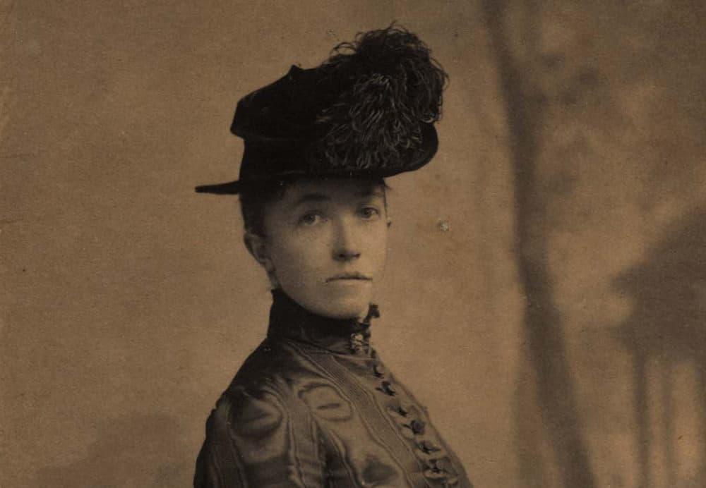 Isabella Stewart Gardner in a 1888 photograph. (Courtesy Isabella Stewart Gardner Museum)