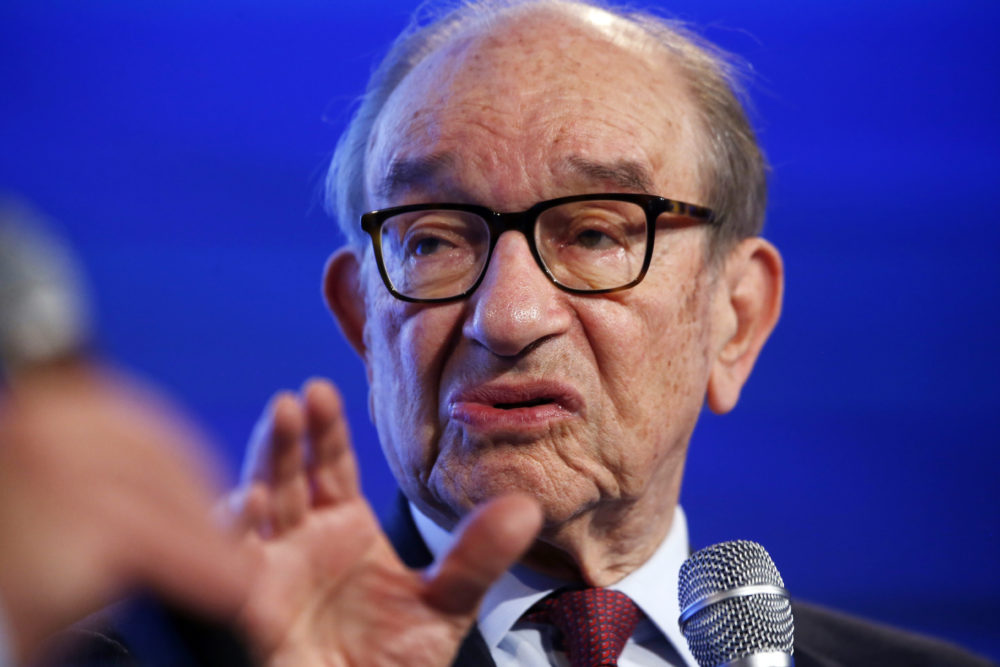 Former Federal Reserve Chairman Alan Greenspan at the 2014 Fiscal Summit organized by the Peter G. Peterson Foundation in Washington, May 14, 2014. (AP Photo)