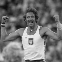 Polish pole vaulter Wladislaw Kozakiewicz celebrates after breaking the world record at the 1980 Moscow Olympics. (STAFF/AFP/Getty Images)(STAFF/AFP/Getty Images)