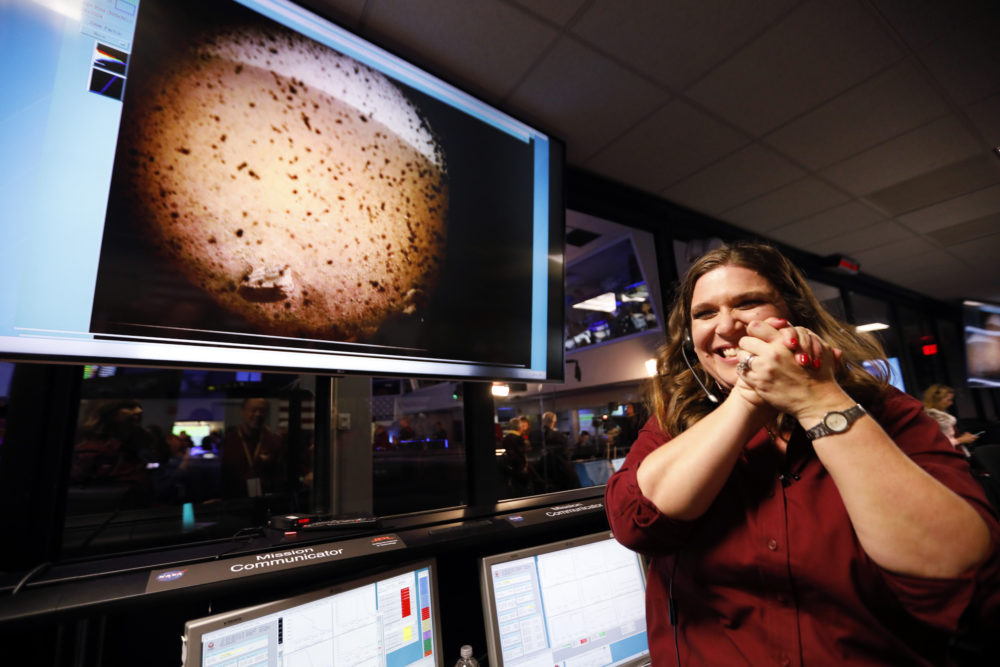 Safely settled, InSight gets ready to look inside Mars