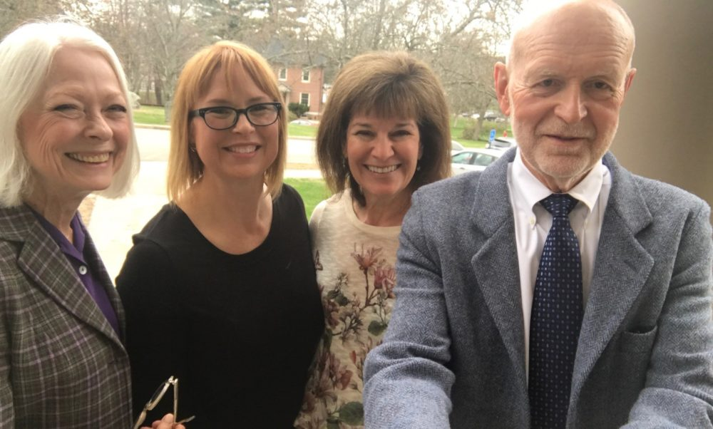 Sarah Carnes (second from left) and Debbie Long (third from left) are pictured with Sarah's parents, Lynore and Bruce Carnes. (Courtesy of Sarah Carnes)