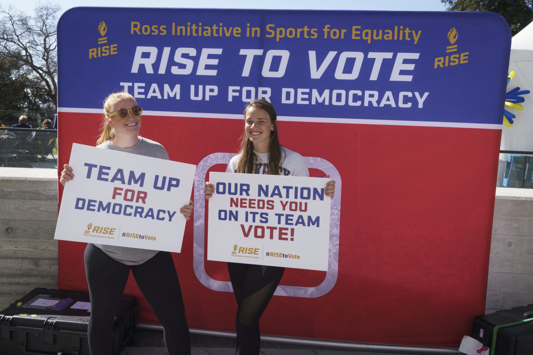 This fall, Madison Roberts (left) partnered with RISE to Vote, a nonpartisan nonprofit which works with athletes on voter registration. (Nathan Phillips Photography- KLC Fotos for Cal Athletics.)