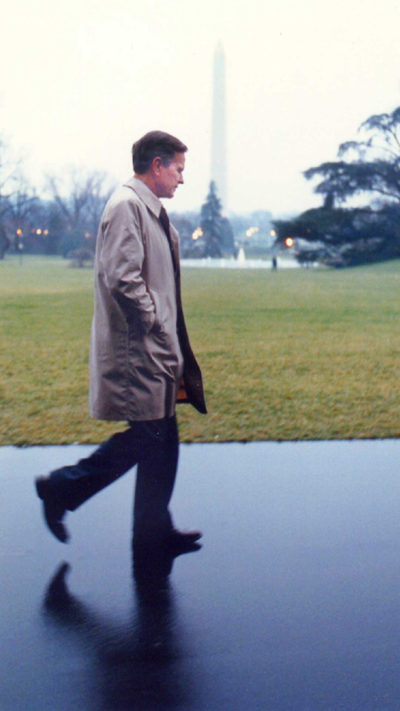 George H.W. Bush takes a walk along the White House's South Lawn just hours before announcing the start of what would come to be known as Operation Desert Storm. (Courtesy of David Valdez)