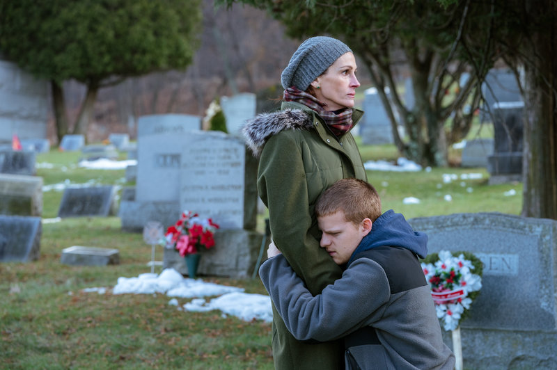 """Julia Roberts and Lucas Hedges in """"Ben is Back."""" (Courtesy Mark Schafter/LD Entertainment/Roadside Attractions)"""