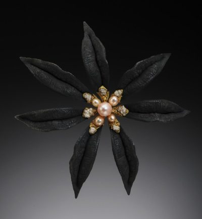 """Murmuring"" brooch by Heather White (Courtesy of the artist)"