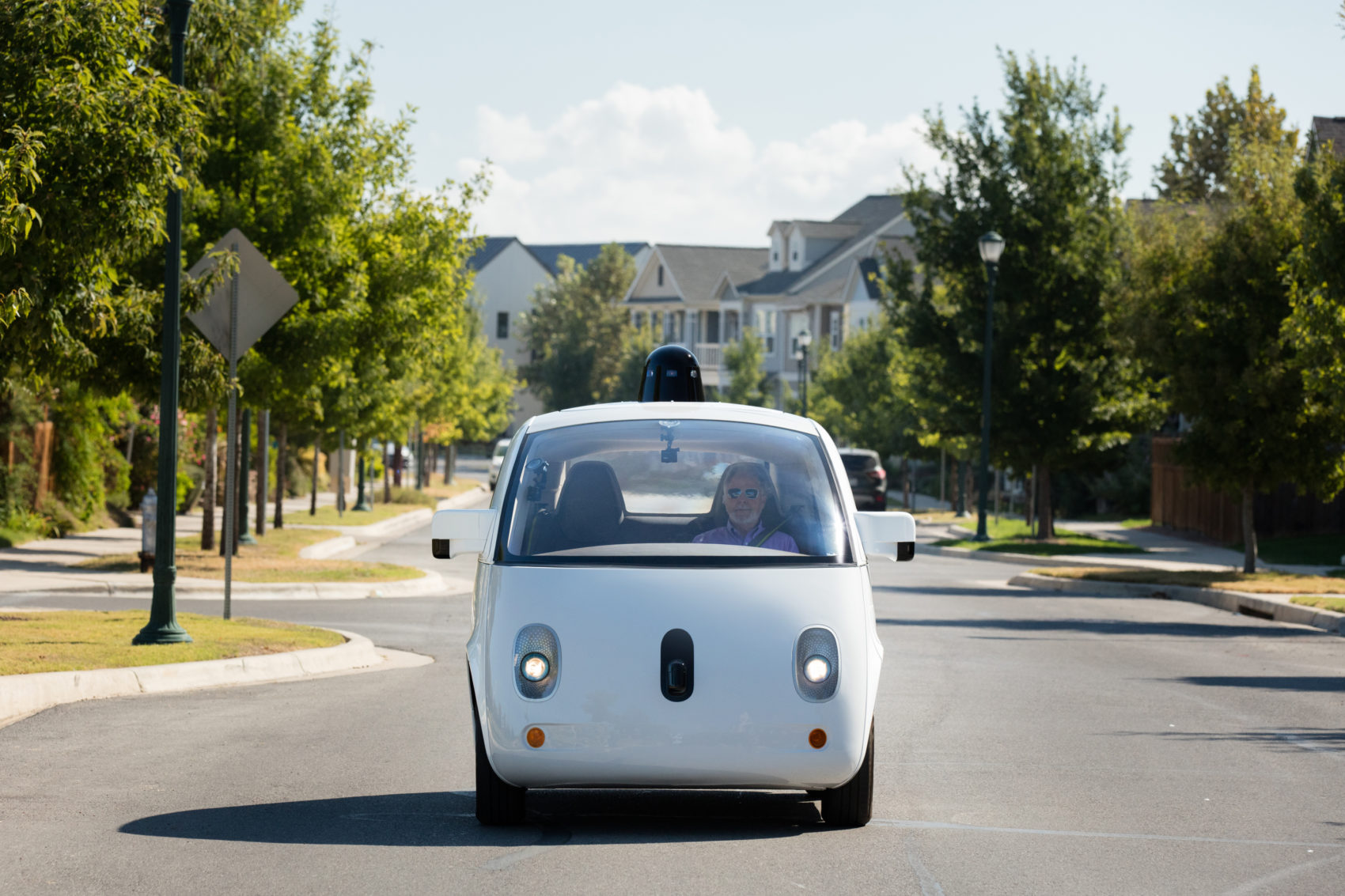 The world's first fully self-driving ride on public roads. (Courtesy Waymo)
