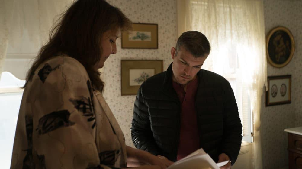 Host Pat Spain interviews author Rebecca Pittman about the Lizzie Borden case. (Courtesy: Legend Hunter)