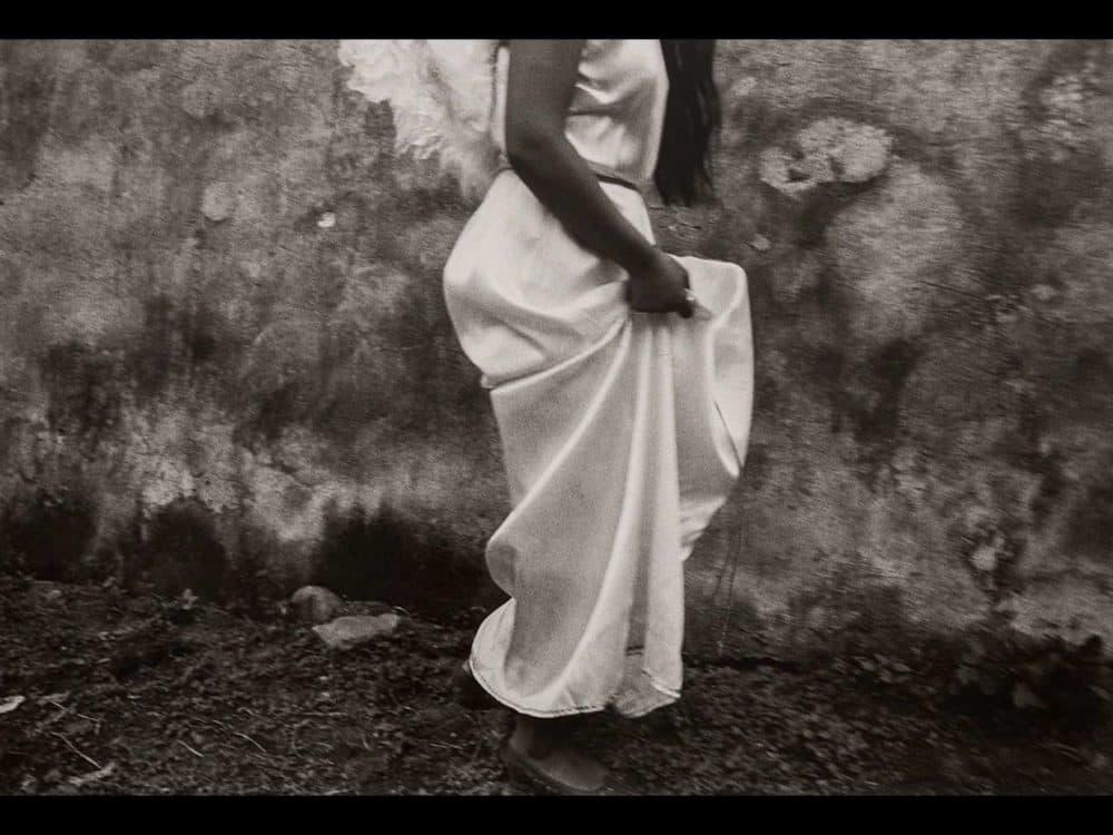 "Graciela Iturbide's ""Cayo del Cielo"" (""Fallen from Heaven""), taken in Chalma, Mexico, 1989. (Courtesy Graciela Iturbide/MFA)"