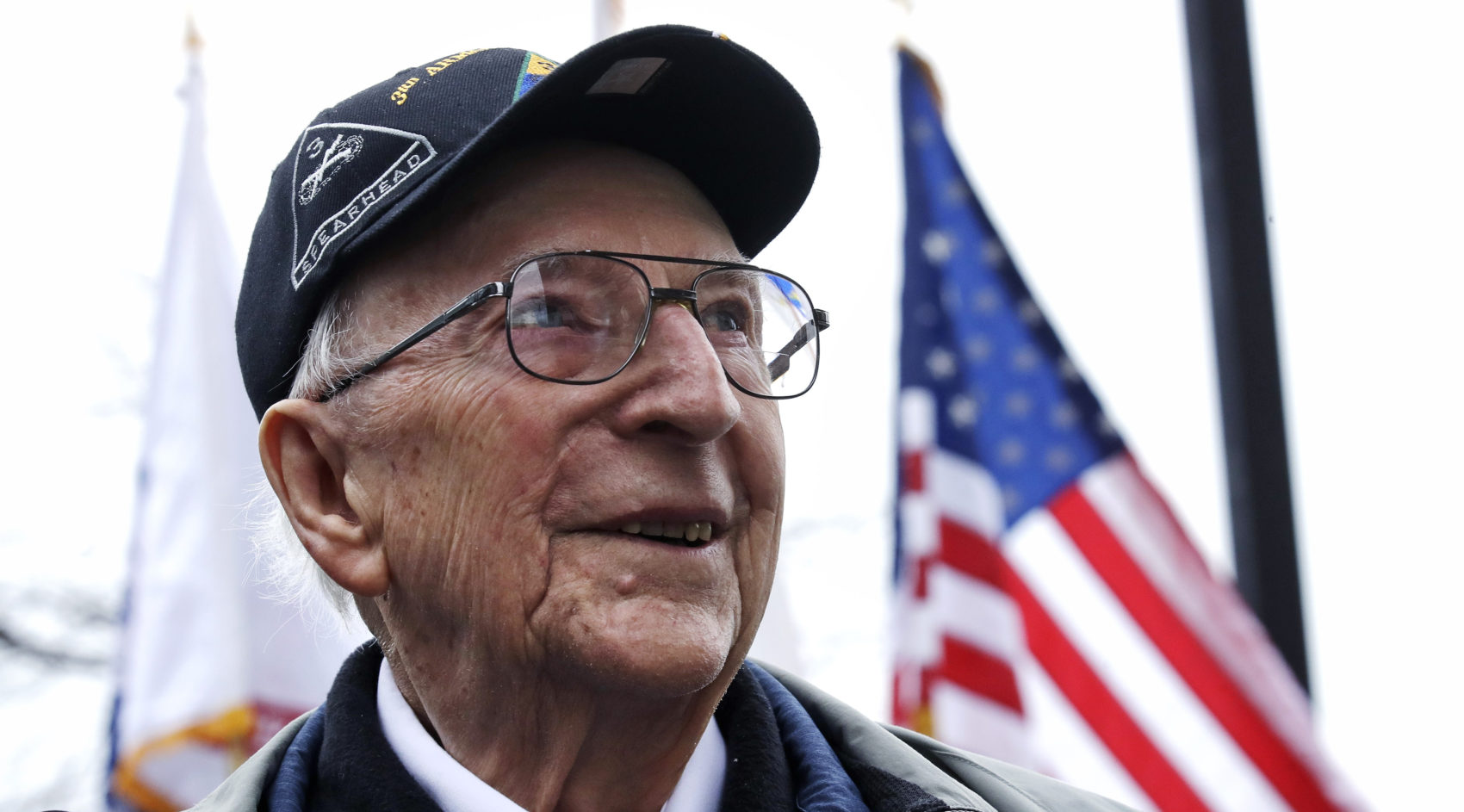 63d556c499 95-Year-Old WWII Veteran Gets Surprise Visit From An 'Old Friend': A ...